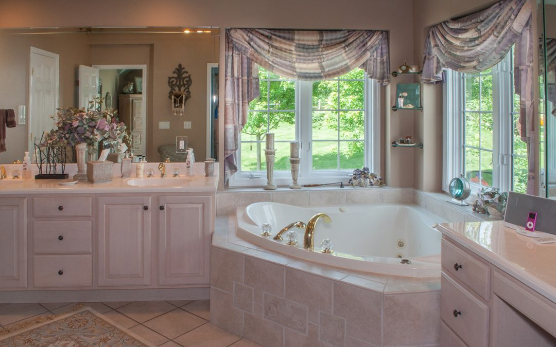 Advice for Selecting a Bathroom Faucet for Your Home